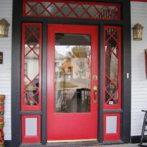 RMS_Dredel-victorian-red-door_s4x3_lg