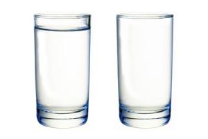 full_glass_empty_glass
