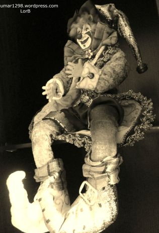 Sitting Clown 2
