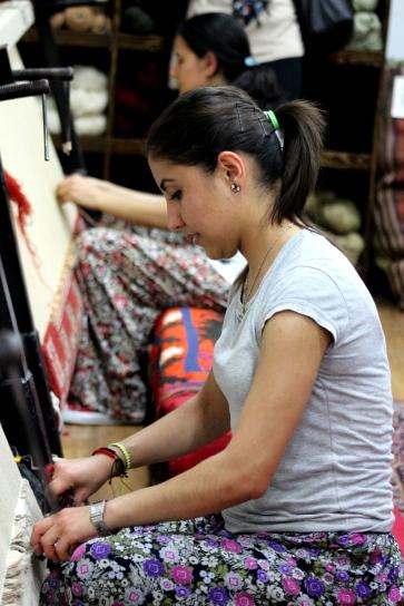 Rug Weaving (4)