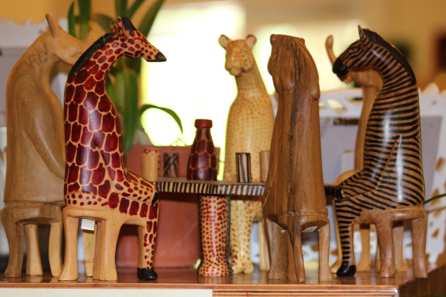 miniture-wooden-aminals